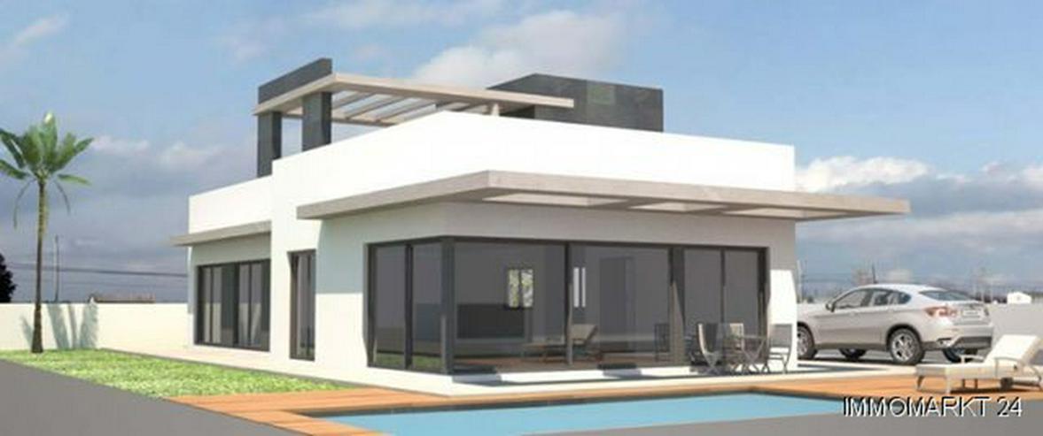 Exklusive Neubau-Villen mit Privatpool nur 600 m vom Strand - Haus kaufen - Bild 1