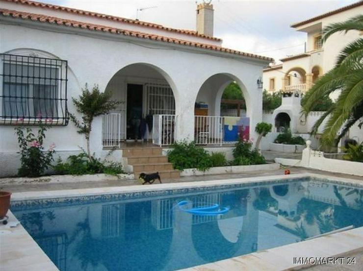 Sehr große Villa mit zwei Pools - Haus kaufen - Bild 1