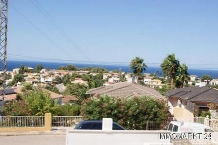 Bild 2: Villa im Ibiza-Stil mit Meerblick