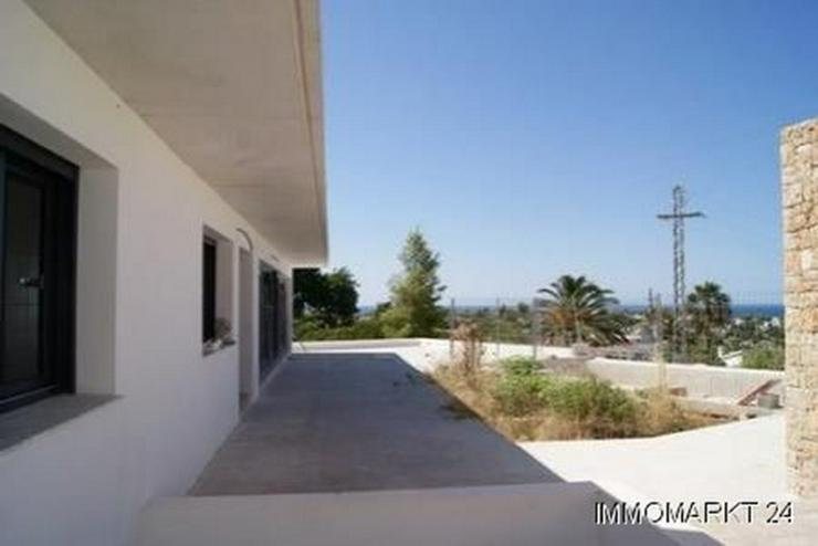 Bild 3: Villa im Ibiza-Stil mit Meerblick