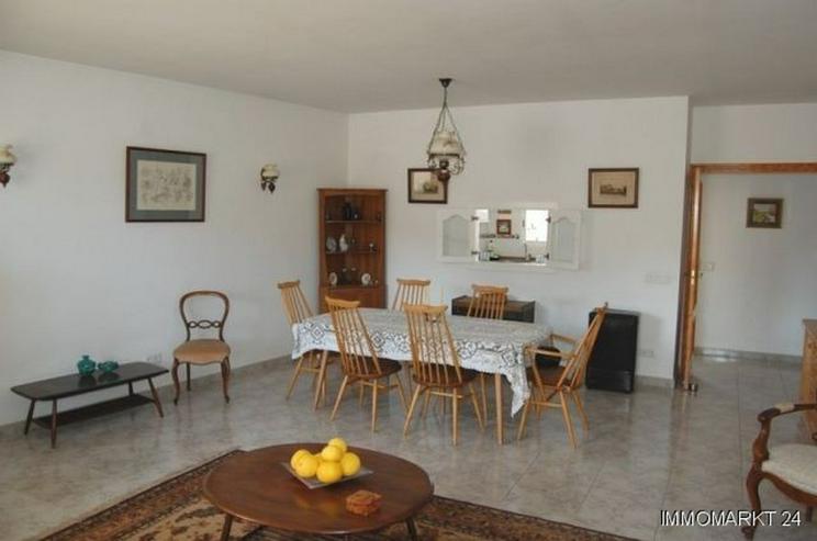 Bild 3: Großes Appartement in ruhiger Lage in La Xara