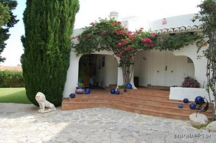 Bild 4: Wunderschöne Villa nach Entwurf eines Künstlers