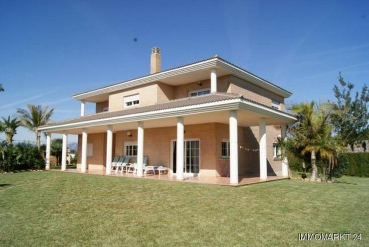 Wunderschöne Villa im Tossalet-Gebiet - Bild 1