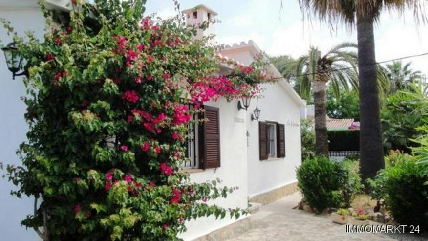 Bild 6: Villa in ruhiger Lage in La Xara