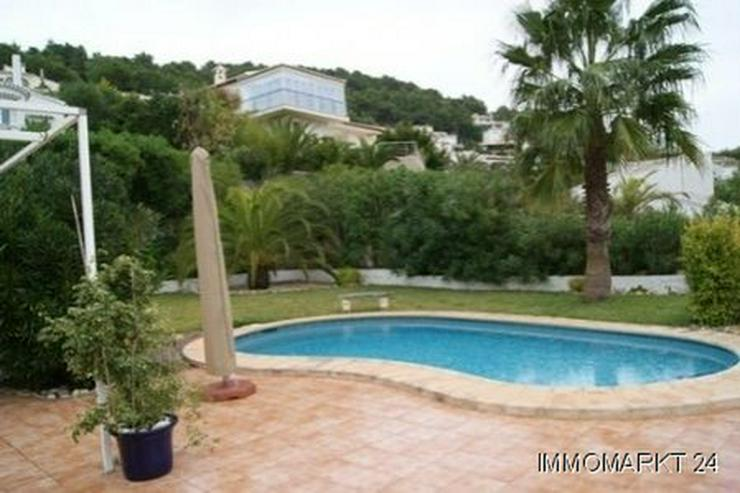 Villa mit Gästeappartement - Haus kaufen - Bild 1