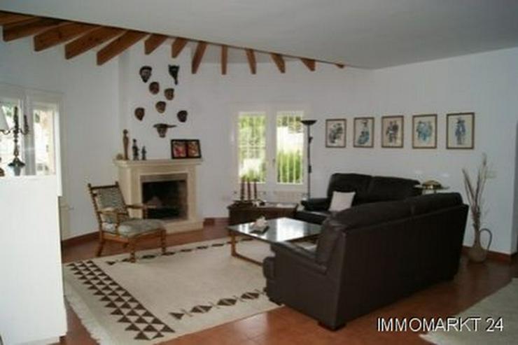 Bild 4: Villa mit Gästeappartement