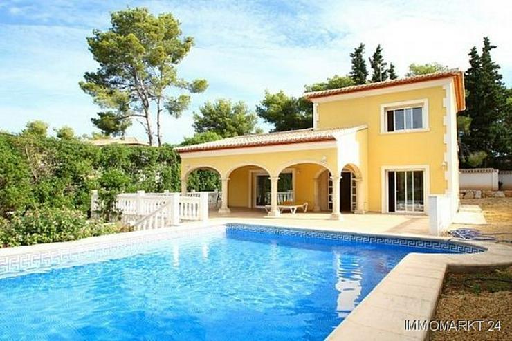 Villa in modernem spanischen Stil in Tosalet - Haus kaufen - Bild 1