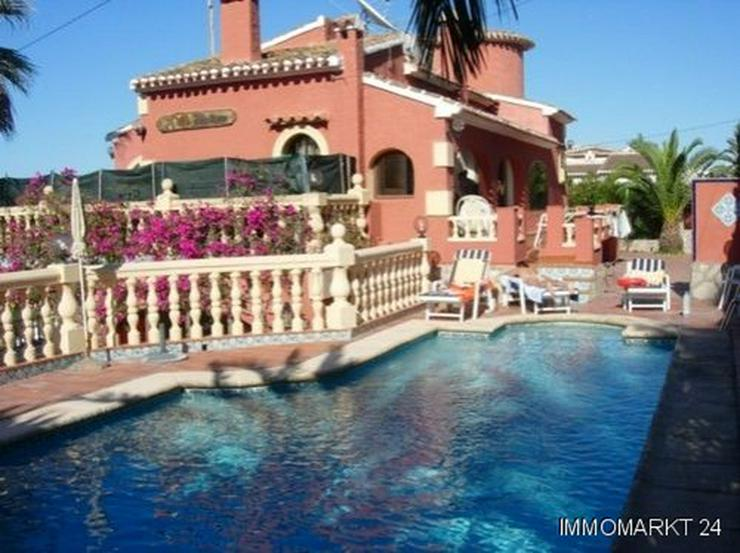 Großzügige Villa mit Meerblick - Bild 1