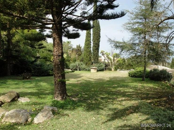 Bild 2: Wunderschöne Villa mit Pool und Tennisplatz