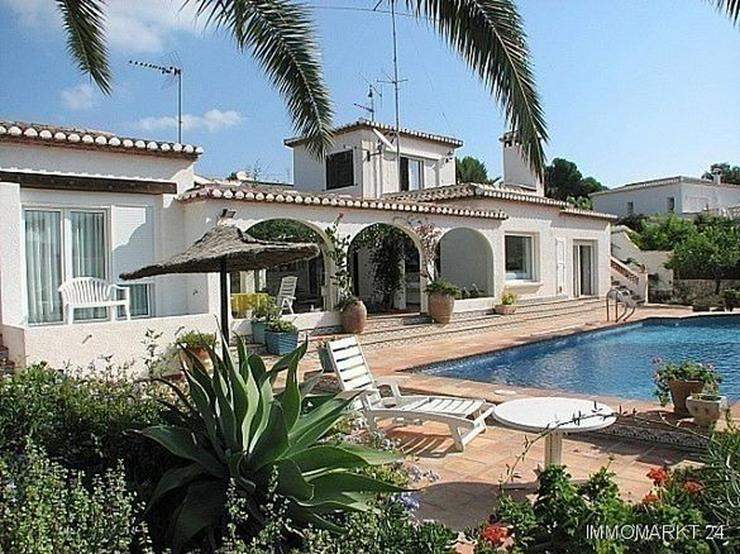 Villa mit Meerblick in Strandnähe - Haus kaufen - Bild 1