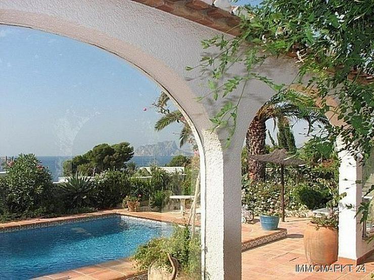 Bild 3: Villa mit Meerblick in Strandnähe