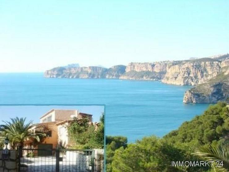 Villa mit phantastischem Meerblick in Ambolo - Bild 1