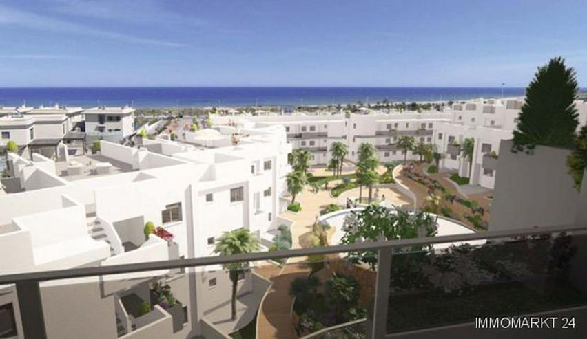 4-Zimmer-Penthouse-Wohnungen in Anlage in 1. Linie am Strand - Bild 1