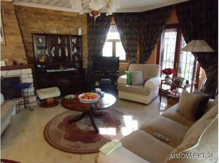 Bild 6: Große ebenerdige Villa mit Privatpool