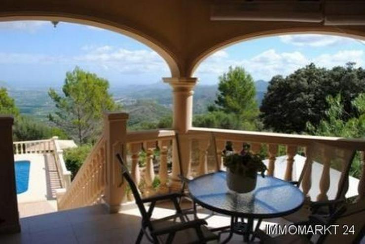 Bild 4: Landhaus-Villa mit phantastischem Ausblick