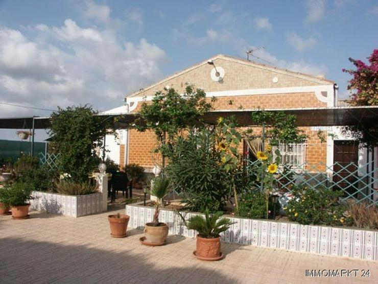 Dorfhaus mit 2 Wintergärten - Haus kaufen - Bild 1
