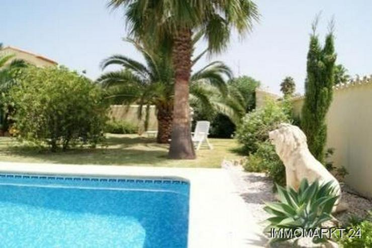 Bild 2: Neuwertige Villa in El Vergel