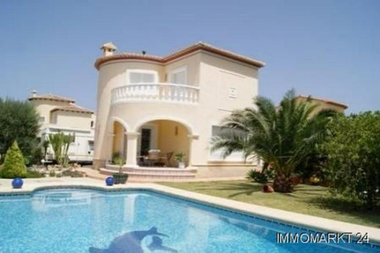 Neuwertige Villa in El Vergel - Haus kaufen - Bild 1
