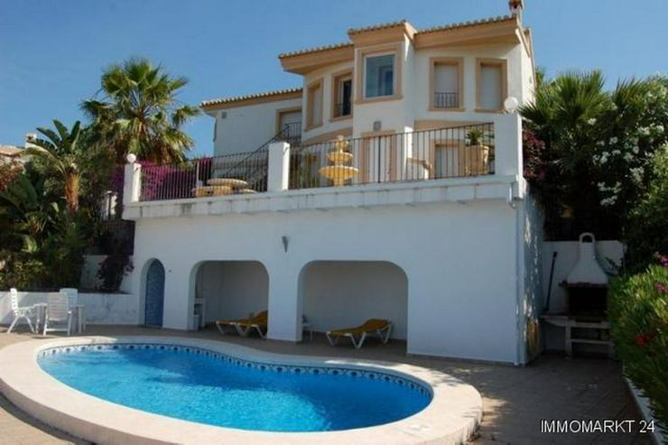 Villa mit Meerblick in Orba - Haus kaufen - Bild 1