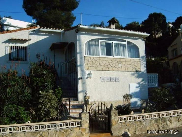 Kleine Villa in Orba - Bild 1