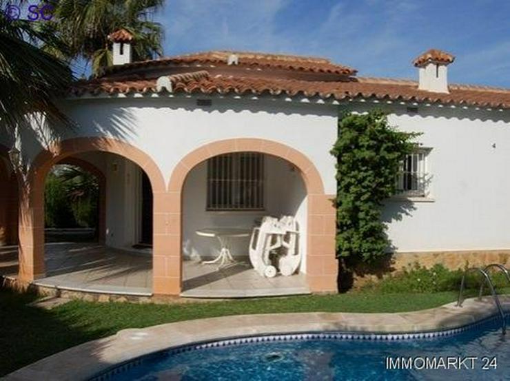 Villa in Oliva - Haus kaufen - Bild 1