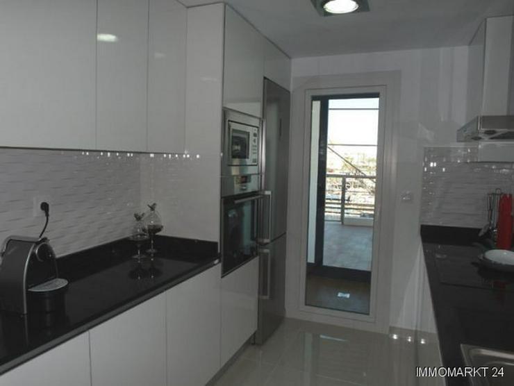 Bild 5: 3-Schlafzimmer-Wohnungen in 1. Linie mit atemberaubendem Meerblick