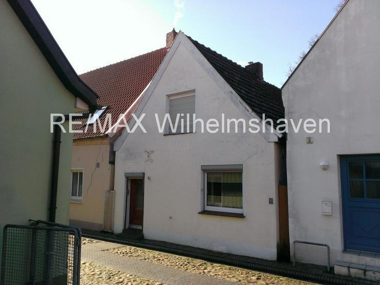 Bild 3: RE/MAX Wilhelmshaven bietet an:1-2 Familienhaus in der Altstadt Jever !
