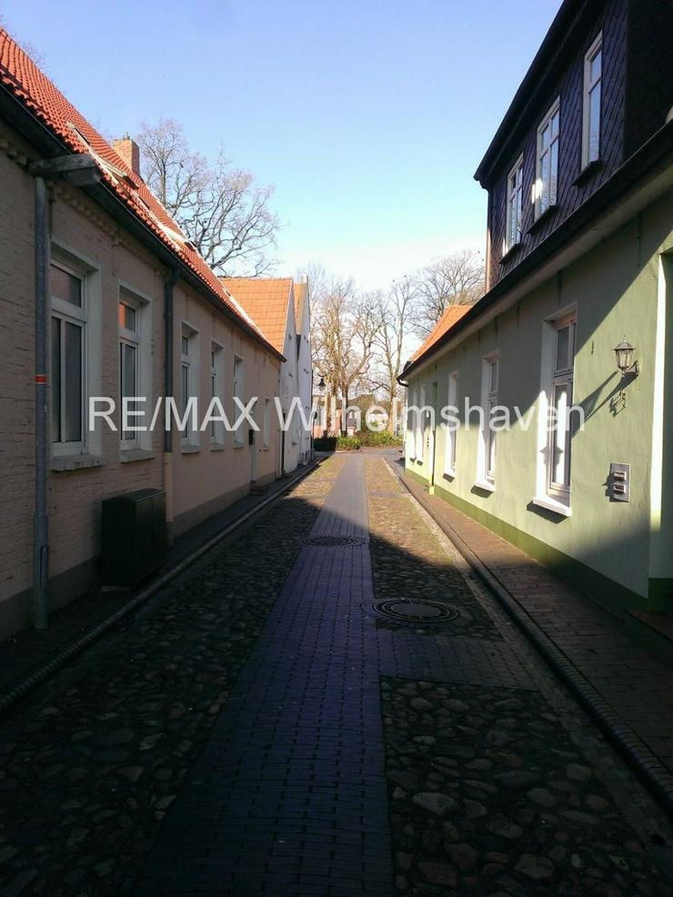 Bild 4: RE/MAX Wilhelmshaven bietet an:1-2 Familienhaus in der Altstadt Jever !