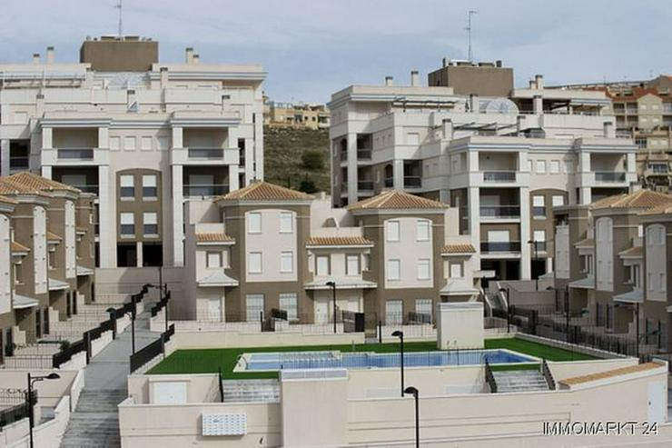 Bild 2: Terrassenwohnungen in bester Lage nur 150 m vom Strand