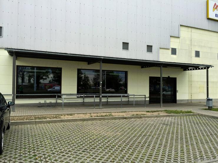 Bild 2: 890 m² Ladenfläche im Gewerbegebiet im Osten von Halle