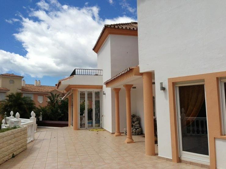 Spanien Malaga++Villa mit ca. 300 qm Wohnfläche++Luxus-Ausstattung