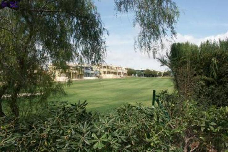 Bild 10: Doppelhaushälfte am Golfplatz von Bonalba
