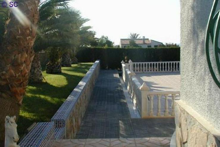 Bild 9: Exklusive Villa mit Pool, Poolhaus und Garage