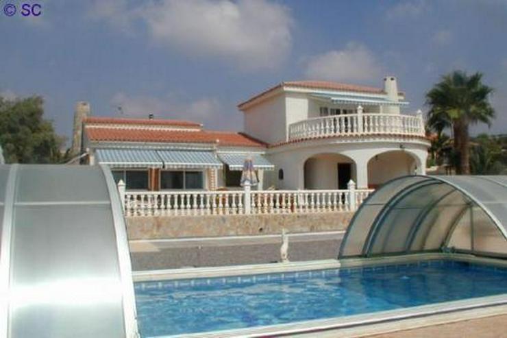 Bild 5: Exklusive Villa mit Pool, Poolhaus und Garage