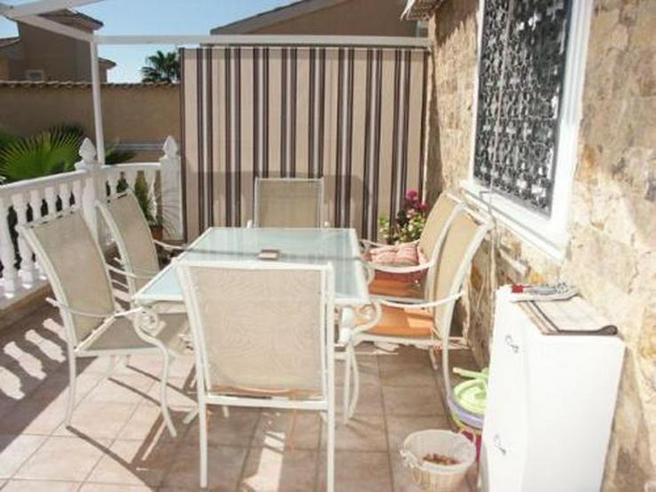Bild 9: Villa mit Gästeappartement und Pool