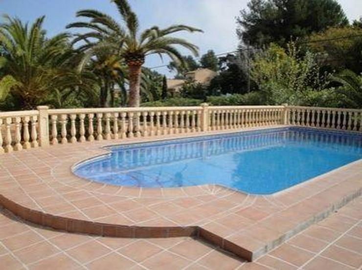 Bild 3: Sehr schöne Villa in ruhiger Lage