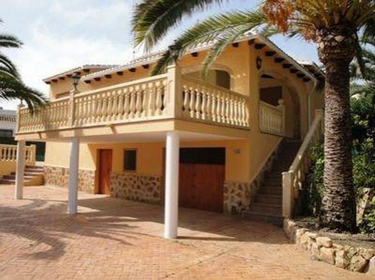 Sehr schöne Villa in ruhiger Lage - Haus kaufen - Bild 1