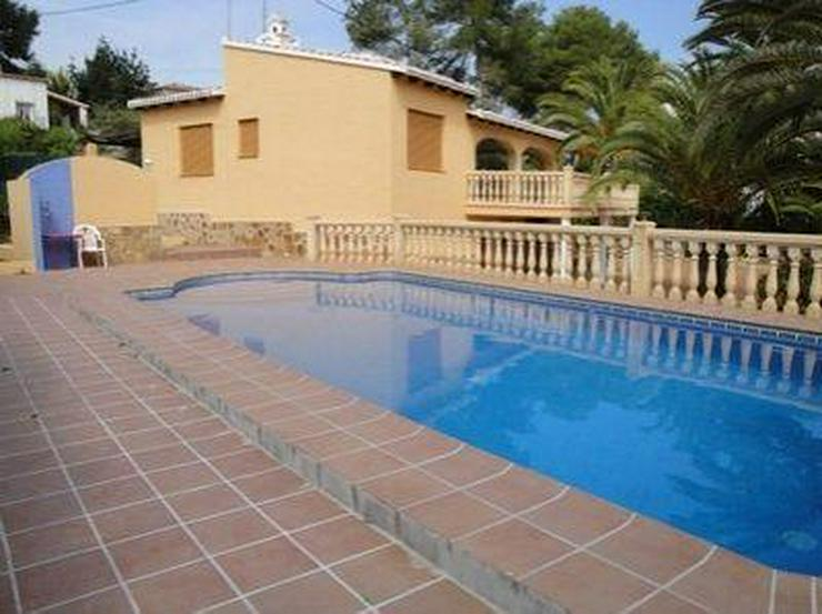 Bild 2: Sehr schöne Villa in ruhiger Lage
