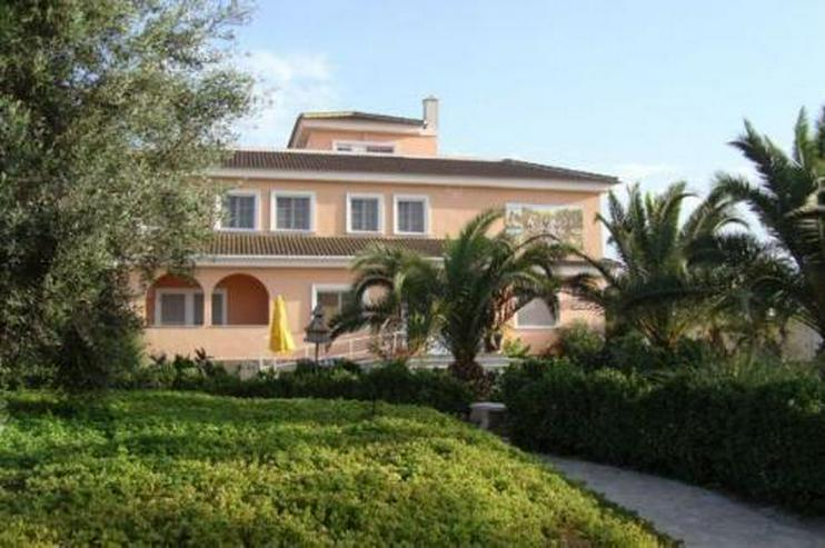 Exklusives Landhaus geeignet als Reiterhof und Pension - Haus kaufen - Bild 1