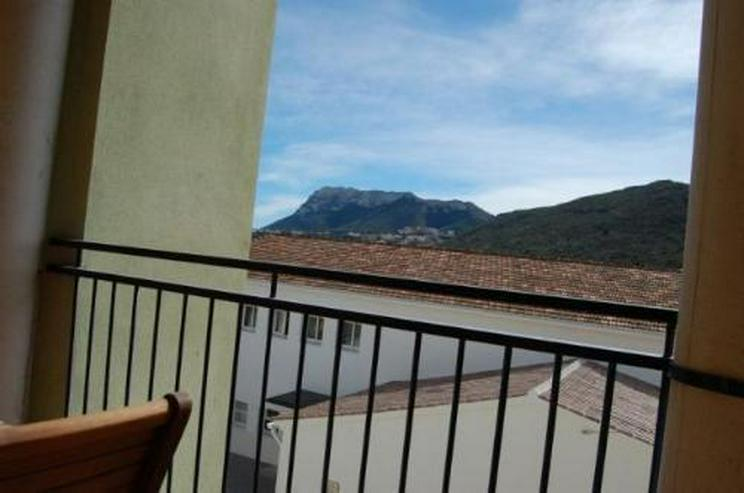Bild 2: Großes Appartement in ruhiger Lage in La Xara