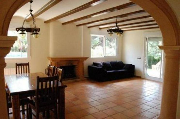 Bild 5: Neuwertige Villa in Portixol