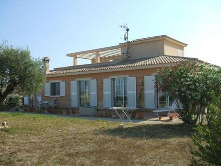 Großzügige Landhaus-Villa mit Panoramablick und Meerblick - Haus kaufen - Bild 1
