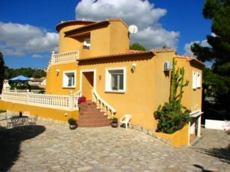 Villa mit Pool und Gästeappartement - Haus kaufen - Bild 1