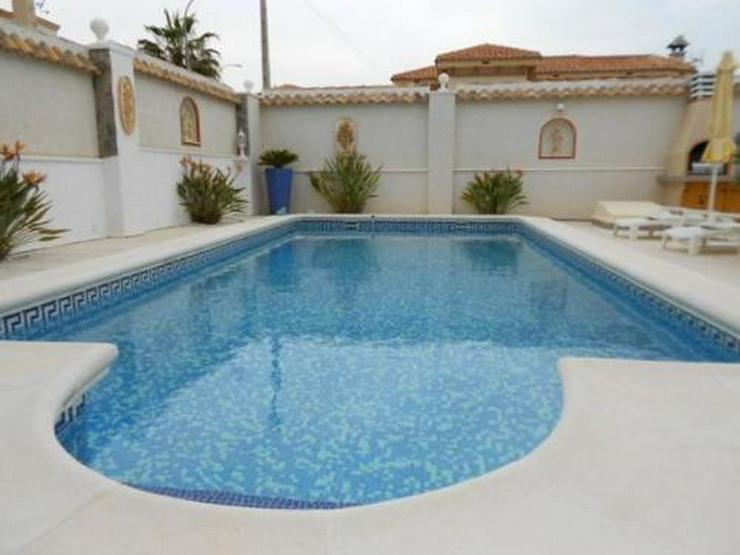 Bild 2: Exklusive und großzügige Villa mit Meerblick