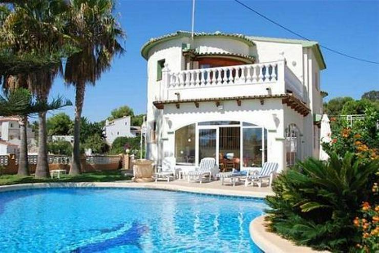 Luxusvilla mit Meerblick in Strandnähe - Haus kaufen - Bild 1