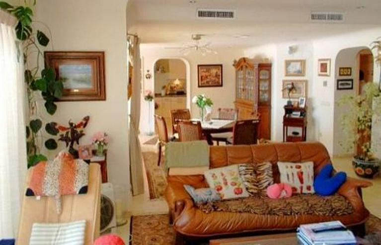 Bild 4: Exklusive Villa im Ibiza-Stil nahe Strand und Stadt