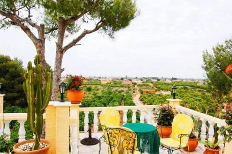 Bild 2: Großzügige Villa in Monte Solana