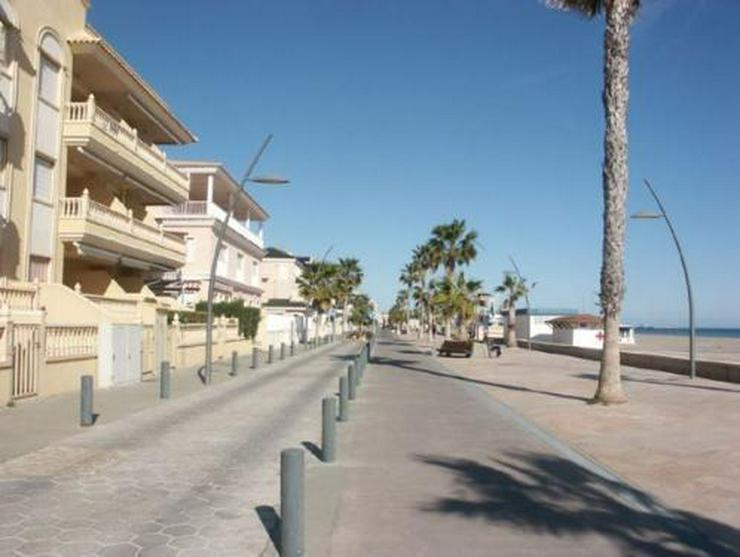 Bild 11: Endreihenhaus nur 100 m vom Strand