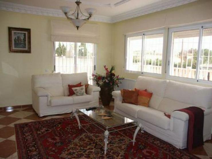 Exklusive und großzügige Villa mit Privatpool - Haus kaufen - Bild 4