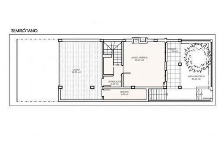 Bild 6: Überaus großzügige Einfamilienhäuser mit 6 Schlafzimmern ca. 1 km vom Strand
